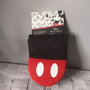 Disney Mickey Mouse 2 Pack Oversized Mini Oven Mitts